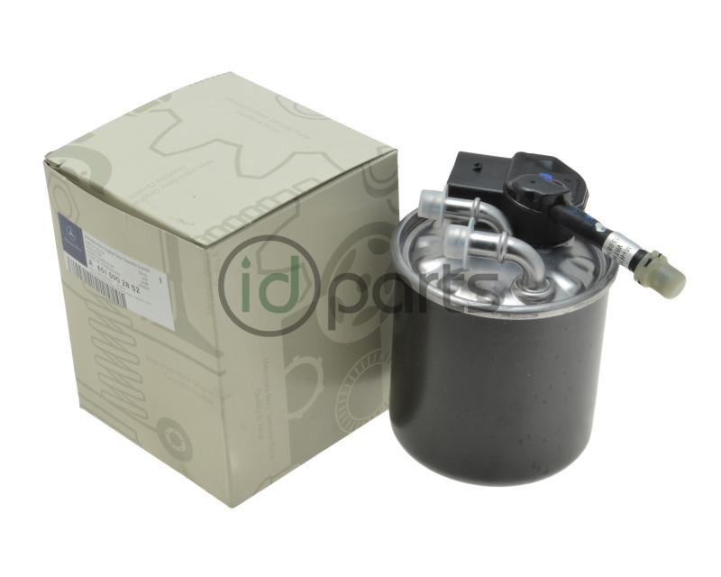 oem mercedes benz fuel filter for models using the 2 1 liter om651 diesel  engine, including the 2013+ glk bluetec, 2014+ e250 bluetec and 2014+ ml250