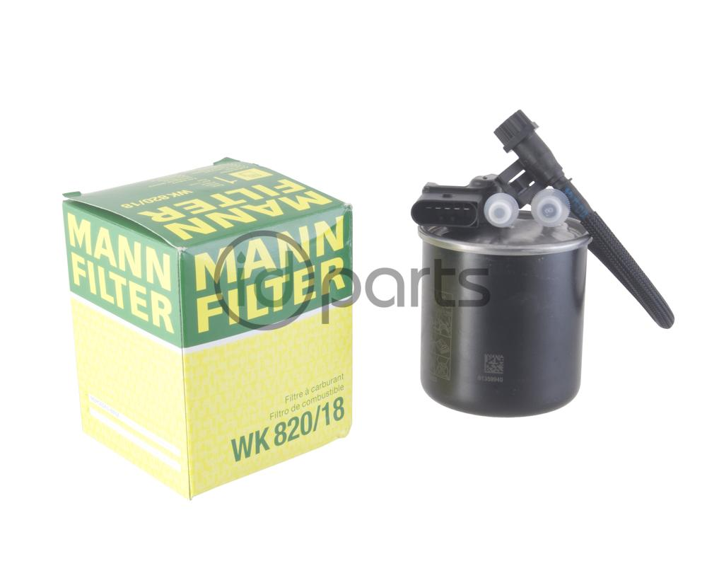 Fuel Filter Sprinter Om651 6510902952 Wk820 18 Mann Wk 11030 Oe For Gen2 Ncv3 Using The 21 Liter Diesel Engine Also Fits Some Sprinters With Om642